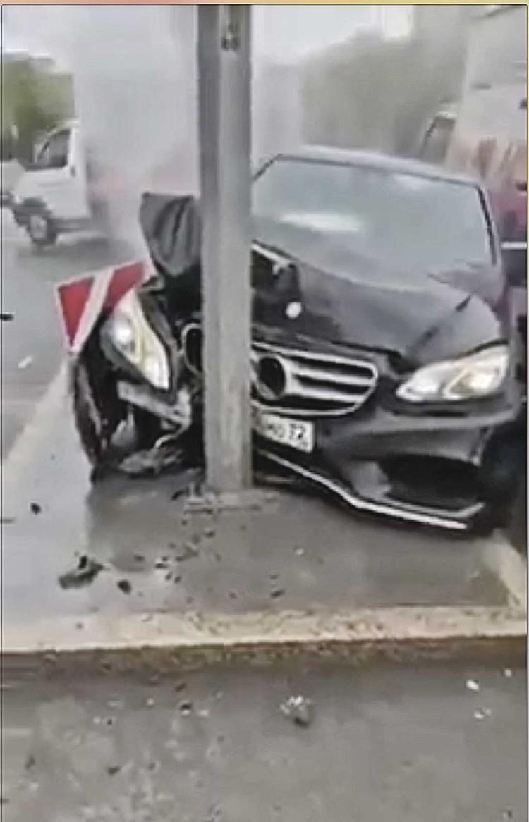 Чтоб не оказаться «мордой в столбе» с разбитой в хлам машиной, лучше держаться на дороге подальше от гонщиков с иностранными номерами или вовсе без них.