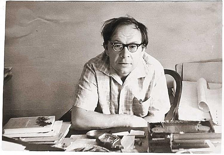 Владимир Дудинцев (1918 - 1988), корреспондент «КП» в 1946 - 1951 годах, известный писатель.