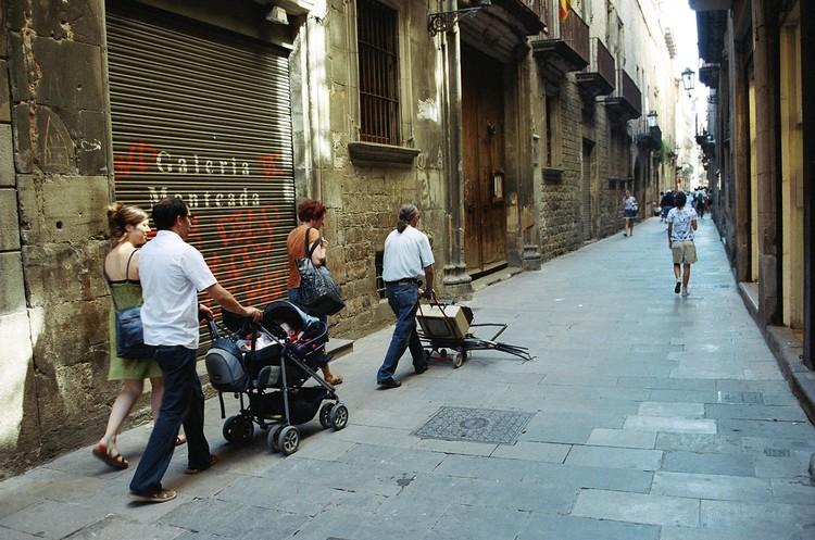 Власти Испании объявили, что откроют границы для иностранных туристов в июле.
