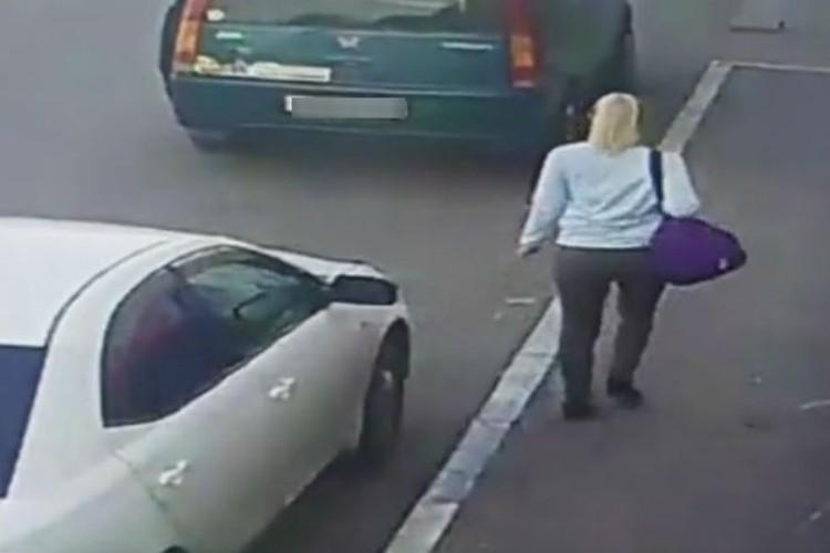 Женщина попала на камеры видеонаблюдения в Иркутске. Фото: ГУ МВД России по Иркутской области