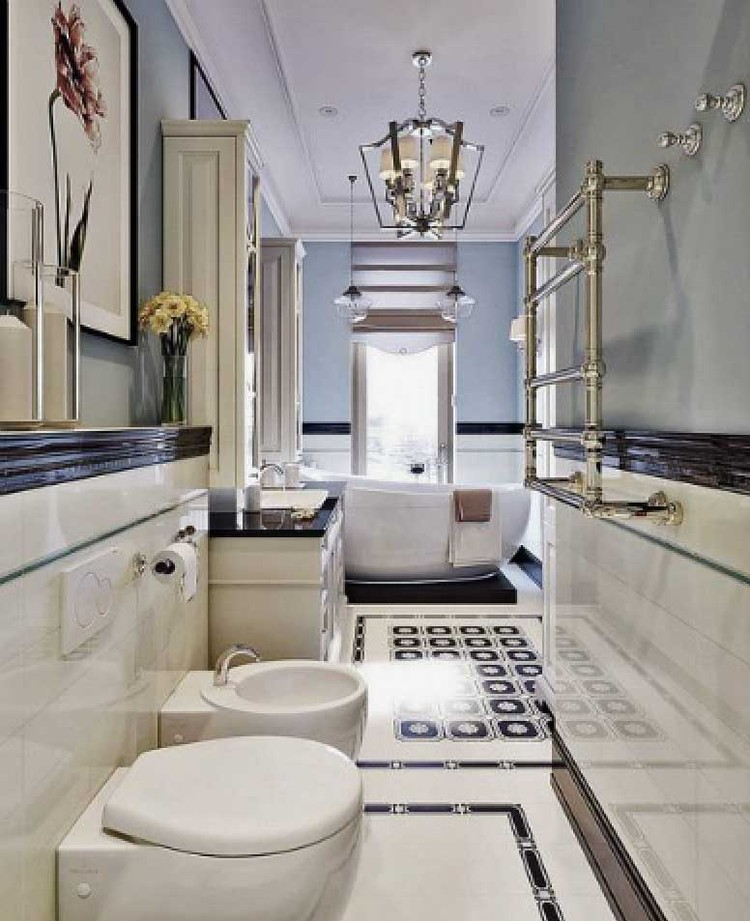 В ванной комнате жены юмориста нет ни одной мужской вещи. Фото: estee-design.ru