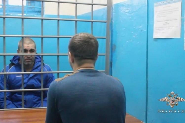 Добыча составила 5 тысяч рублей, но отсидит он за них 9 лет и 7 месяцев. Стоп-кадр видео
