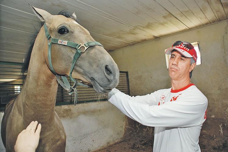 Кто-то считает, что бывший боксер Быков лошадей любил больше, чем людей.