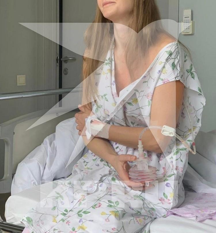 Мать девочки Татьяна Максимова (на фото) нигде не работает.
