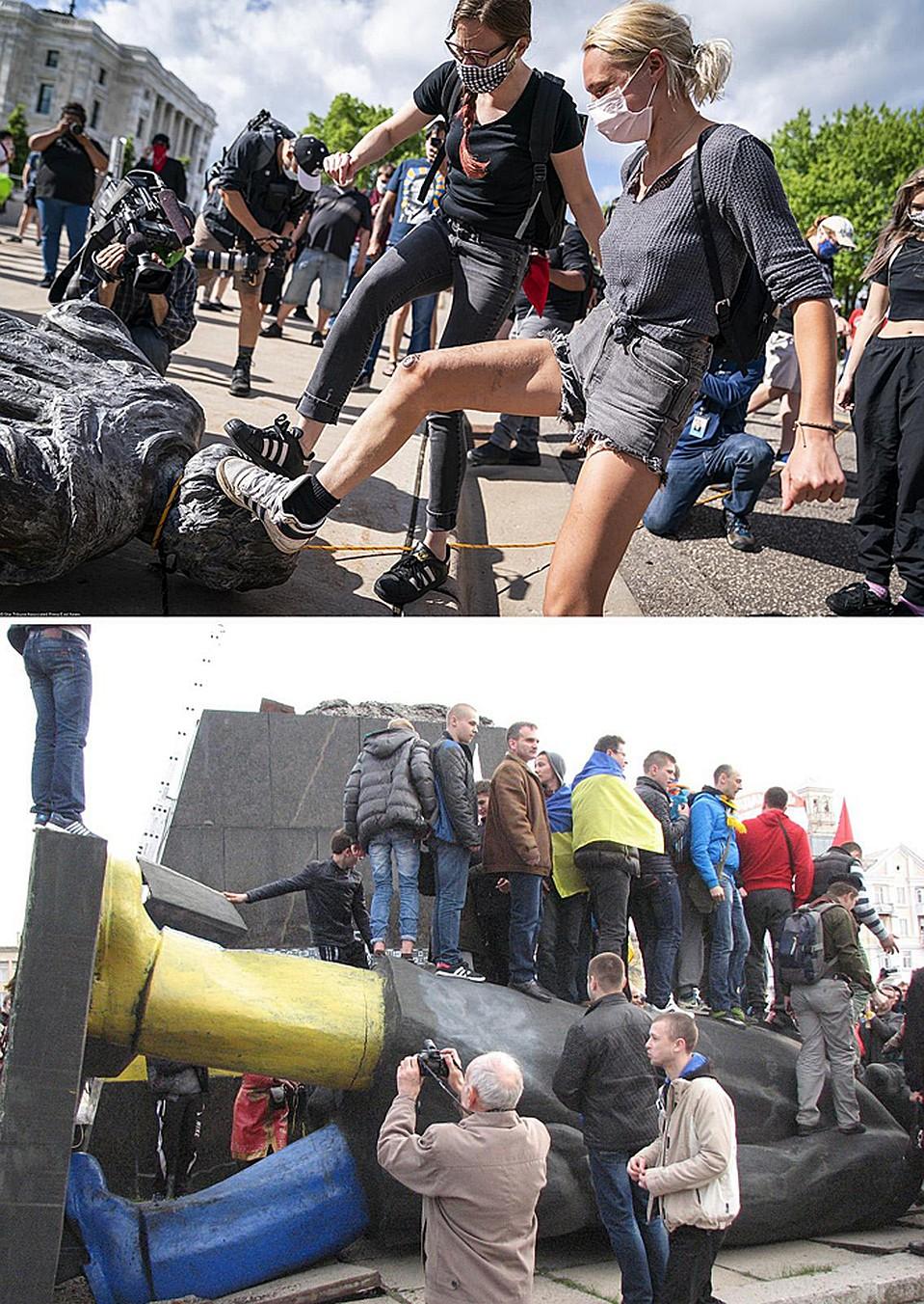 Люди по очереди пинают статую Христофора Колумба и снесенный памятник Ленину в Краматорске. Фото: East News и РИА Новости