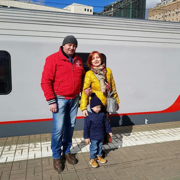 Светлана с супругом много путешествовали и с собой брали внуков.