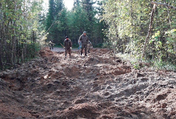 Место захоронения спецназовца Рустама Амонова Фото: СУ СКР по Республике Коми