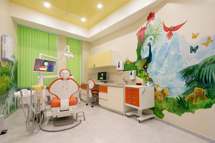 "Клиника «Филигрань» поможет снять у ребенка страх перед стоматологами. Фото: стоматология ""Филигрань""."