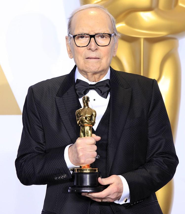 Эннио Морриконе написал музыку к 520 фильмам.