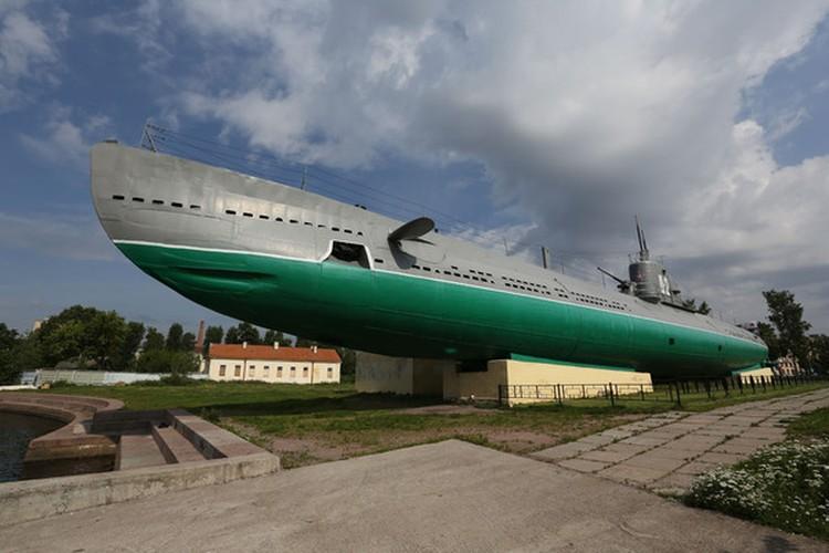 """Подлодка """"Народоволец"""" также принимает гостей с 6 июля. Фото: Центральный военно-морской музей имени императора Петра Великого"""