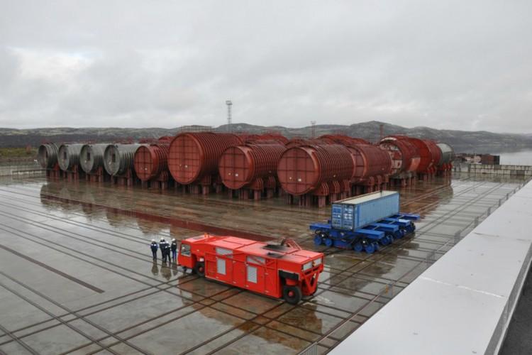 Пункт длительного хранения реакторных отсеков АПЛ в губе Сайда. Фото: www.atomic-energy.ru