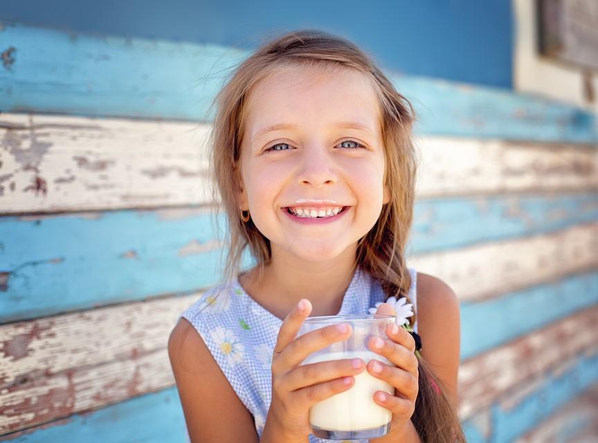 Пополнить запасы этого витамина мы можем с помощью рыбы, мяса, печени, молочных продуктов. Фото: Shutterstock