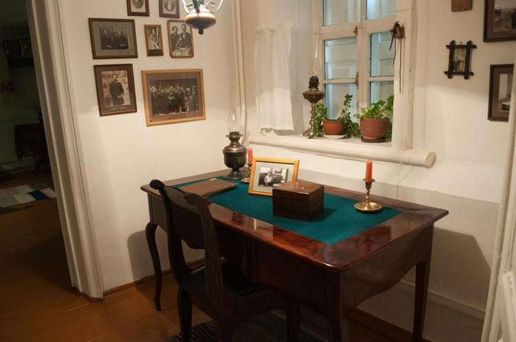 Внутреннее убранство дома Суриковых. Фото: музей-усадьба Сурикова в Красноярске.