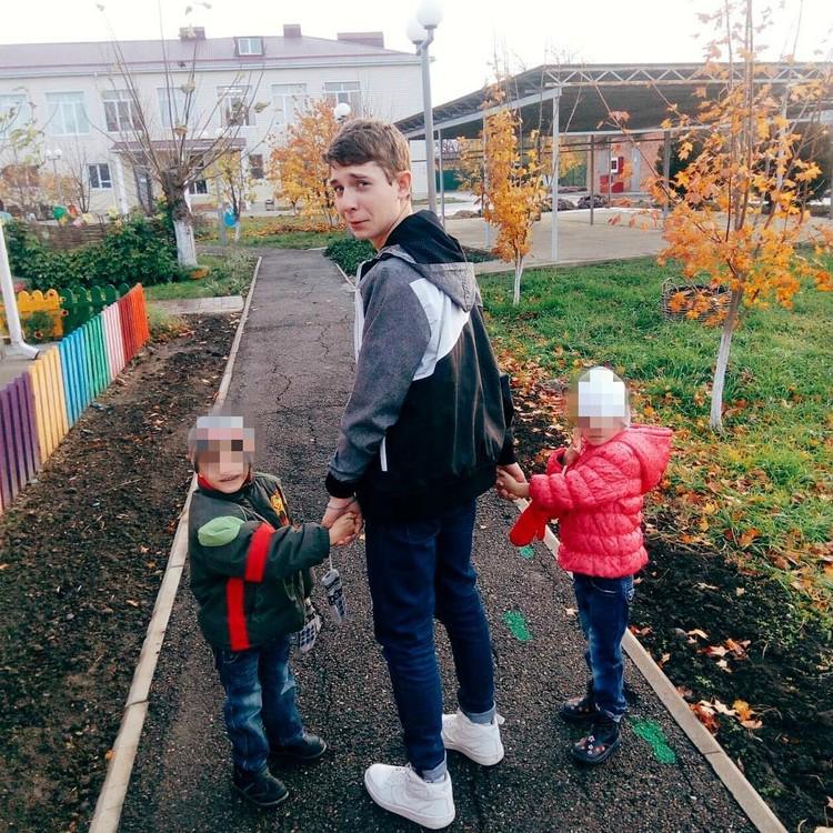 Вова часто гулял с приемными детьми Марины. Фото: instagram.com/marina_balmasheva