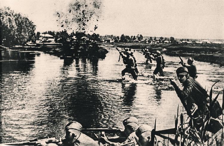 Советское командование, осознавая масштабность наступления, наметило основной рубеж. Им стала река Луга на всем протяжении с большим выступом в междуречье Луги и Плюссы. Фото: commons.wikimedia.org
