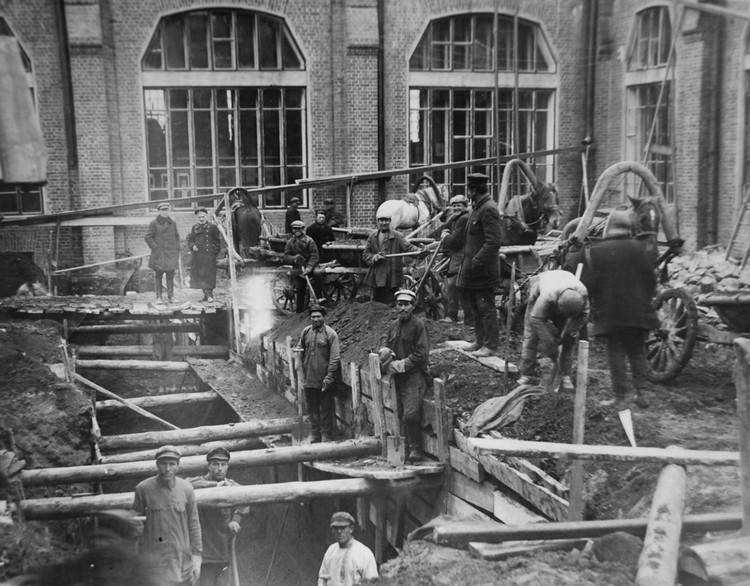 Строительство новой электростанции. 1912 год