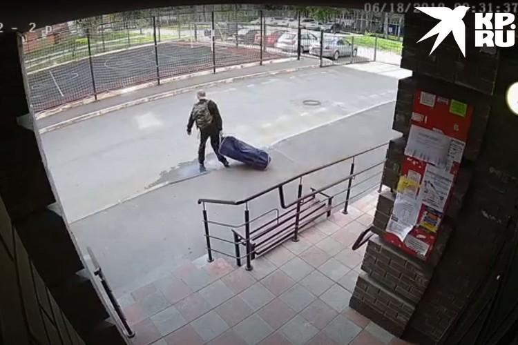 Мужчине удалось сбежать. Фото: СУ СКР по Новосибирской области.