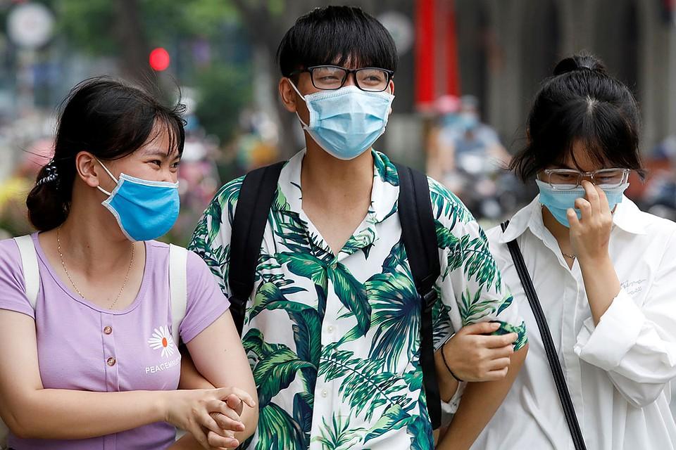 В мире говорили о «вьетнамском чуде», минимальном количестве заболевших — всего 420 случаев за все месяцы пандемии. Фото: REUTERS