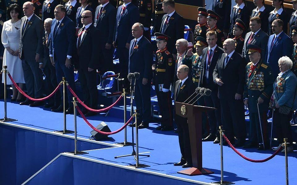 Лукашенко заболел ковидом, а президент Молдовы Додон - здоров: Мы общались в Москве больше месяца назад - симптомов у меня с тех пор не было