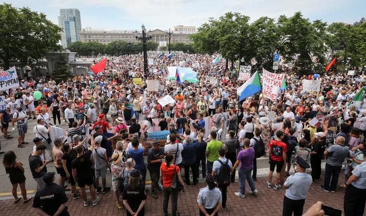 Многих вывели на улицы безденежье и нестабильность, которые усилились во время коронавируса.