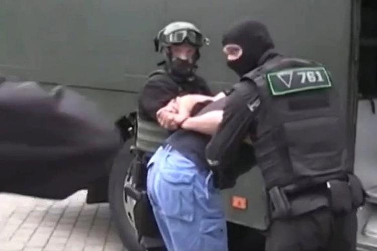 белорусские силовики задержали 33 граждан России