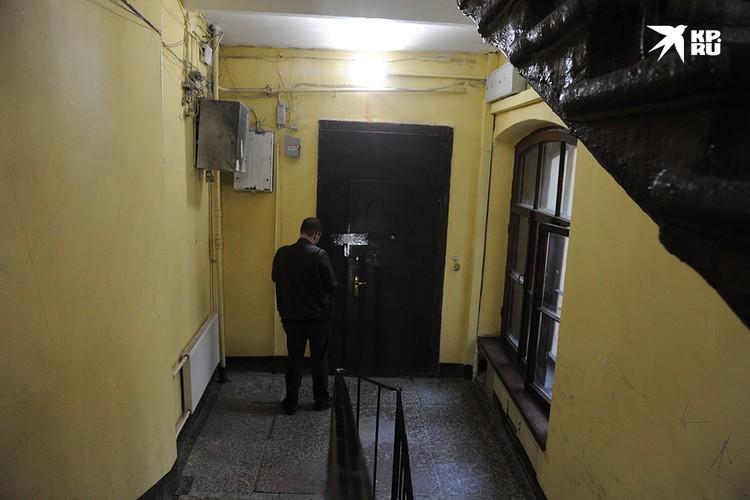 Квартира рэпера, которую он снимал, сейчас опечатана.