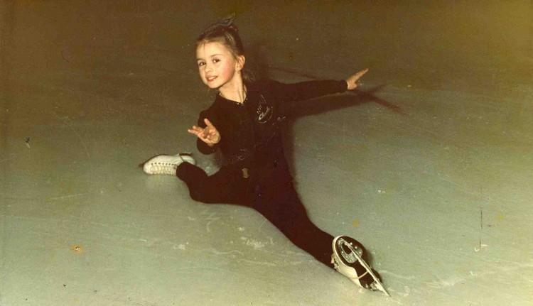 Аня с 3 лет занималась фигурным катанием. Фото: личный архив