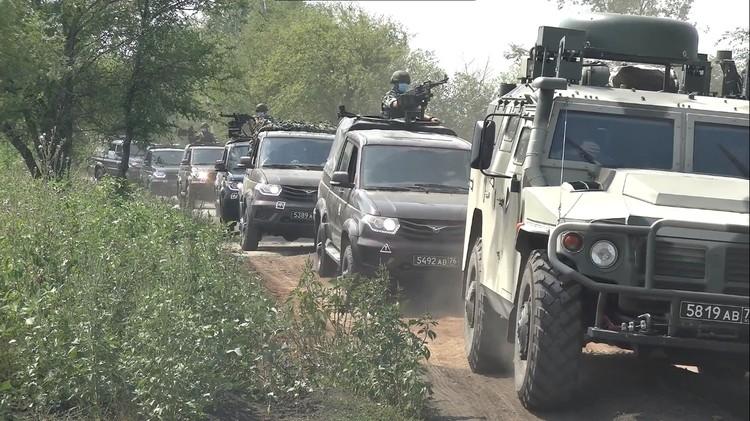 В занятии приняло участие несколько тысяч военнослужащих