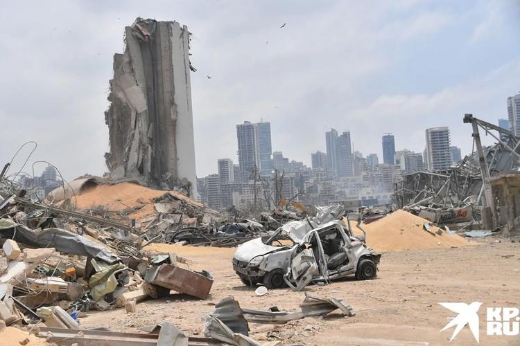 Несмотря на официальные заявления ливанских властей, не исключаются и другие версии случившегося