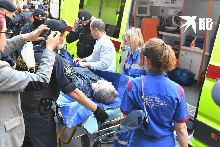 Михаил Ефремов со вчерашнего дня в больнице - у него нарушение кровоснабжения головного мозга