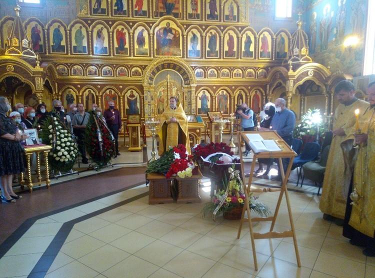 Отпевание Игоря Одинцова прошло в храме Александра Невского.