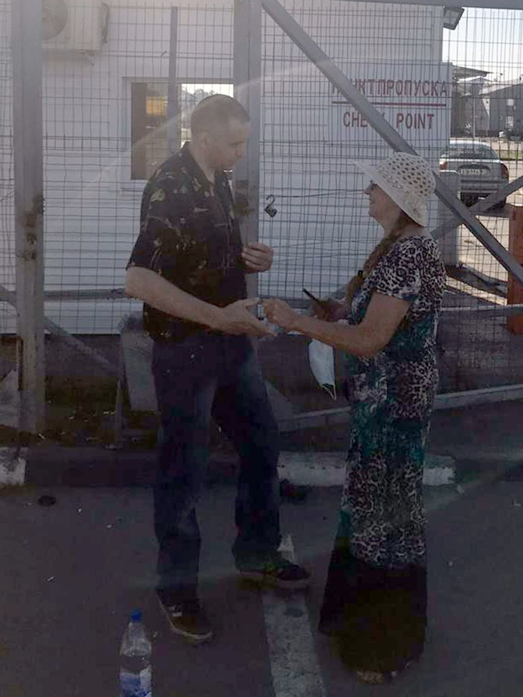 Москвичка искала и ждала сына пять лет. Фото: пресс-служба УТ МВД по СКФО