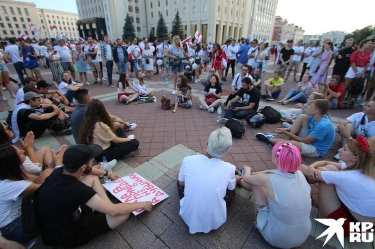 Протестная акция на площади Независимости