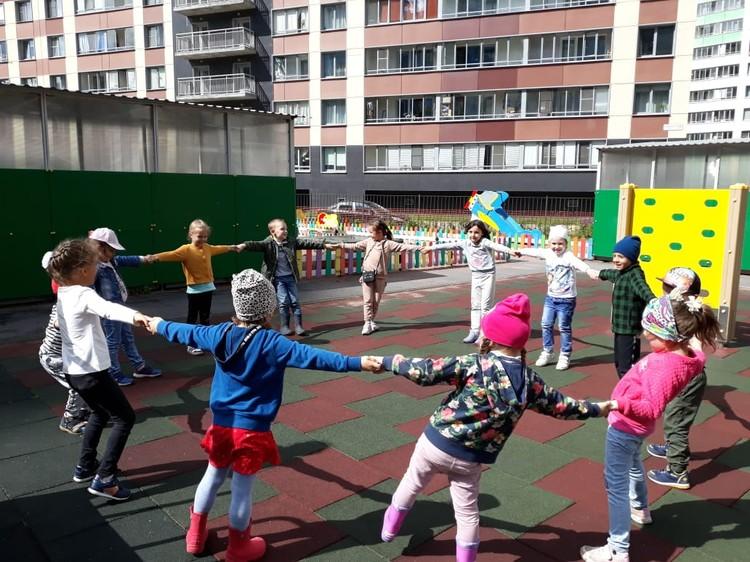 «Маленькая страна» в Кудрово — это лицензированный частный детский сад полного дня, франшиза федеральной сети. Фото: vk.com/ms.kudrovo