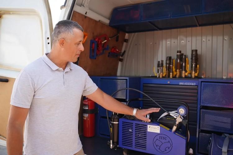 Начальник самарской аварийной газовой службы Михаил Кесарев: «Работать с такой техникой одно удовольствие».