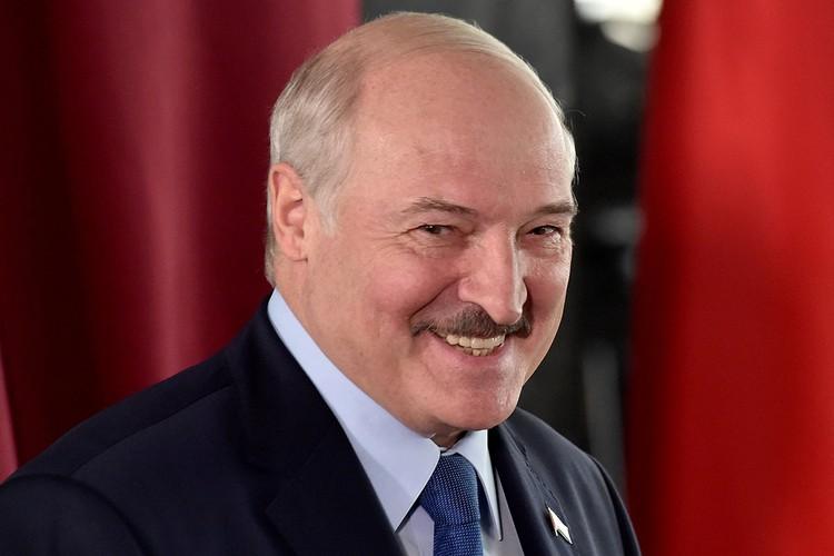 """""""Единственный шанс Лукашенко – уйти вместе с Белоруссией в Россию""""."""