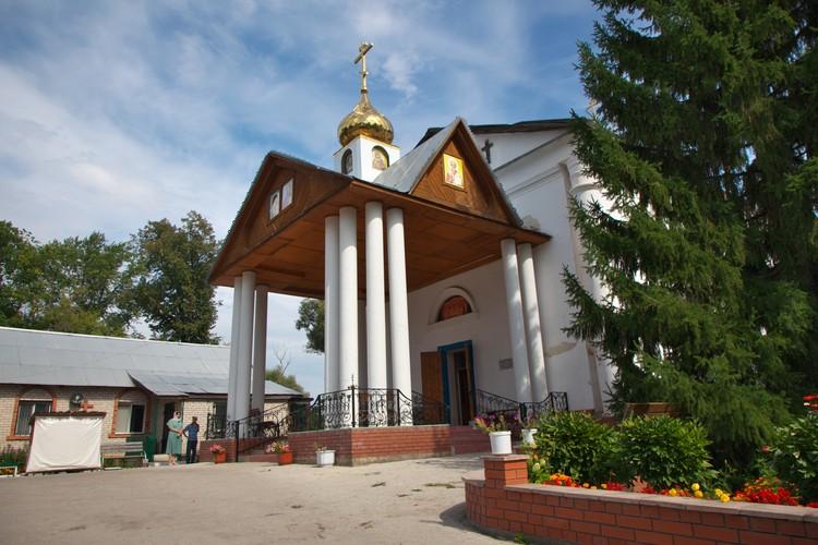 Церковь восстановили буквально из руин. Фото: Андрей Ларионов
