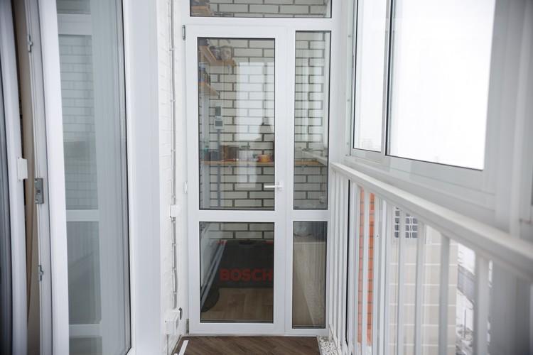 Помните, что бесплатный гарантийный ремонт может проводить лишь компания, которая ставила окна