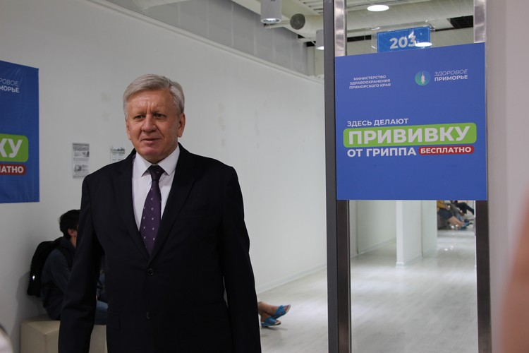 Главврач КГБУЗ «Владивостокская больница № 3» Владимир Ушаков