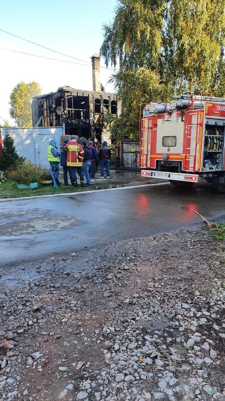 На ликвидацию пожара ушло менее двух часов Фото: ГУ МЧС по Красноярскому краю