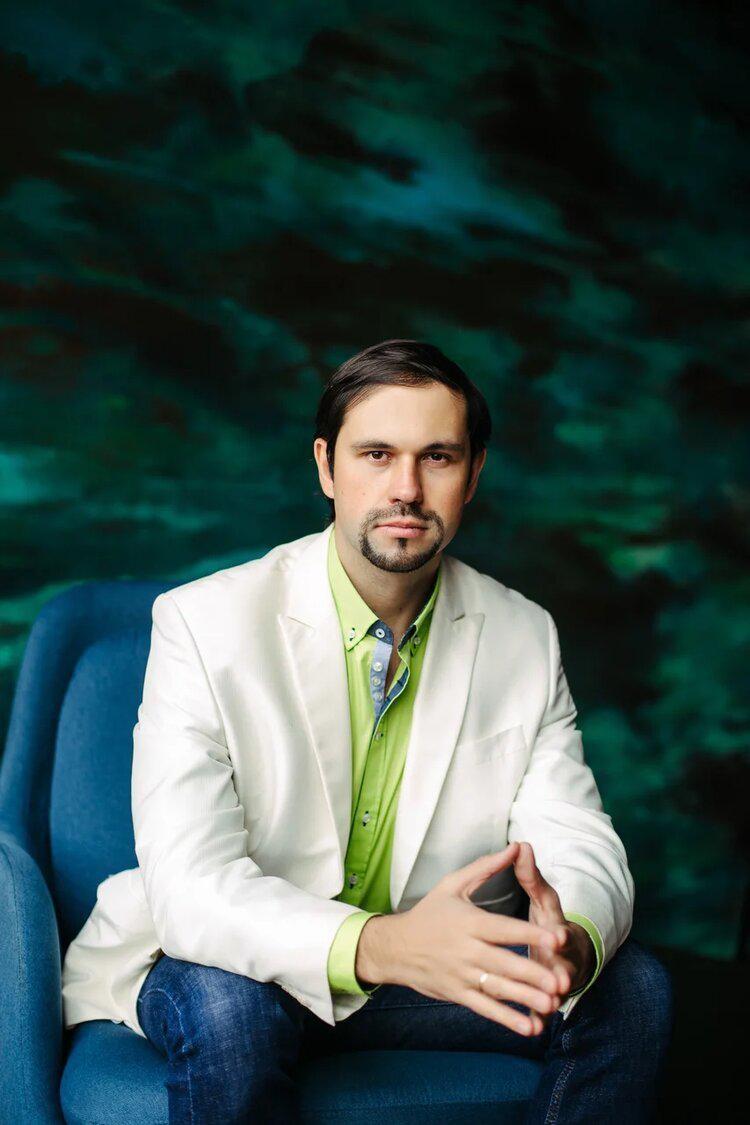 Психолог Сергей Ланг