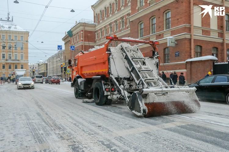 Вывозить снег будут на 11 стационарных спегоплавильных и еще семь снегоприемных пунктов