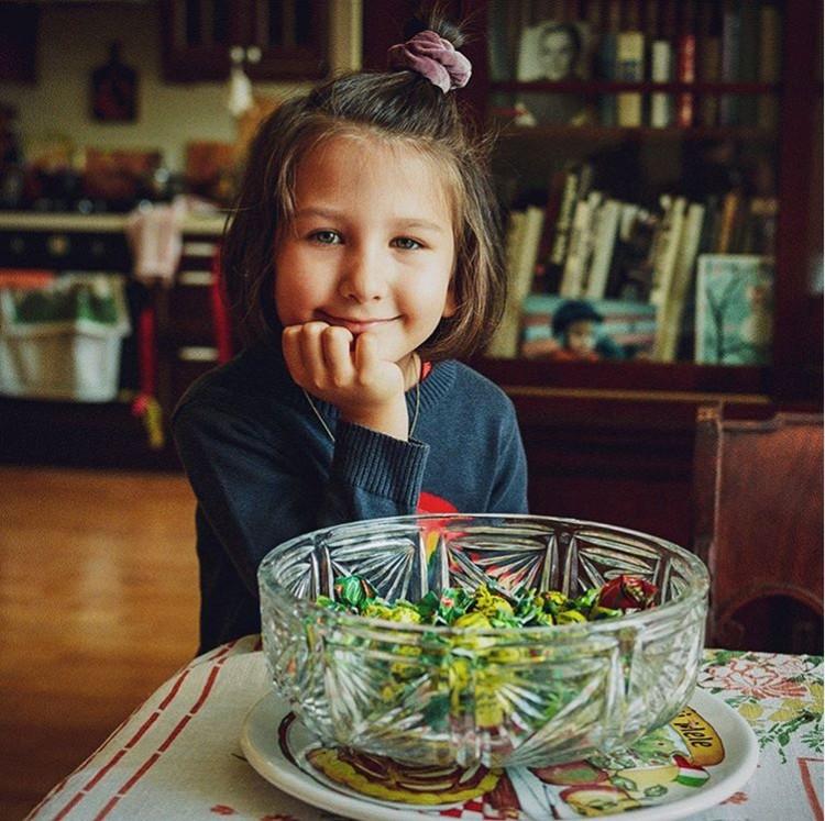 Телеведущий поздравил младшую дочь Валерию с пятилетием. Фото: Инстаграм.
