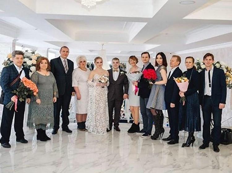 На свадьбе сына Валерия Сергей с официальной женой
