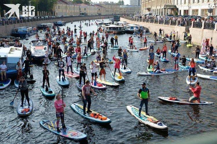 В этом году это последний фестиваль Sup-серферов