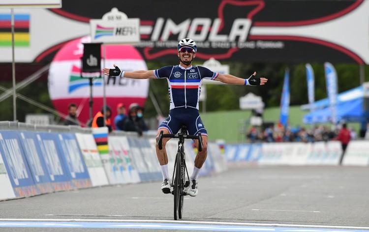 Главным героем последнего дня соревнований стал французский велогонщик Жулиан Алафилипп