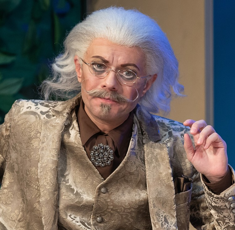 Лорд Эдгар в исполнении Марата Голубева. Фото Качаловский театр