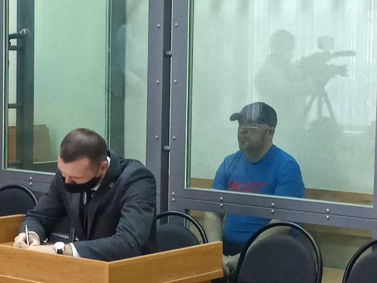 Антон Проскурин сегодня отказался давать показания, но вину полностью признал