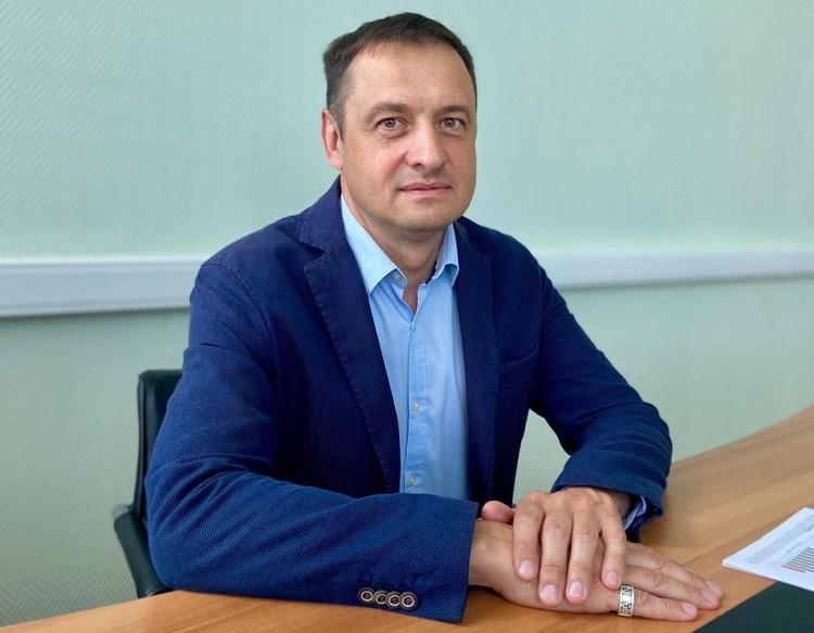 """Игорь Поваров накануне был задержан, с ним беседовали следователи ФОТО: """"Арена"""""""