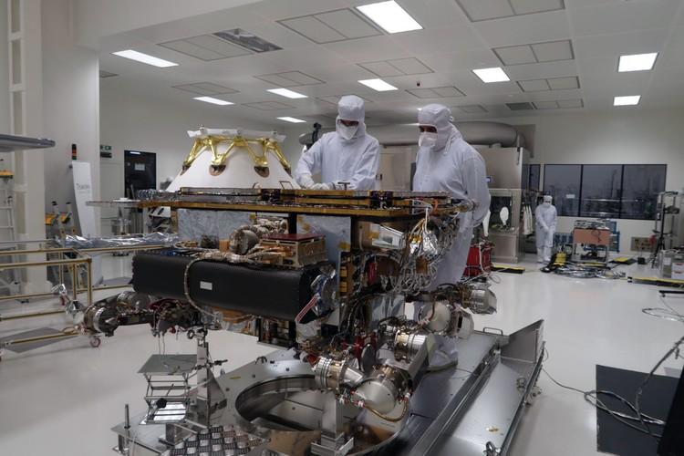 Из главного мы перенесли ExoMars — совместную миссию на Марс с Европейским космическим агентством